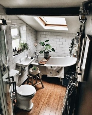 Modern Attic Bathroom Design Ideas 47