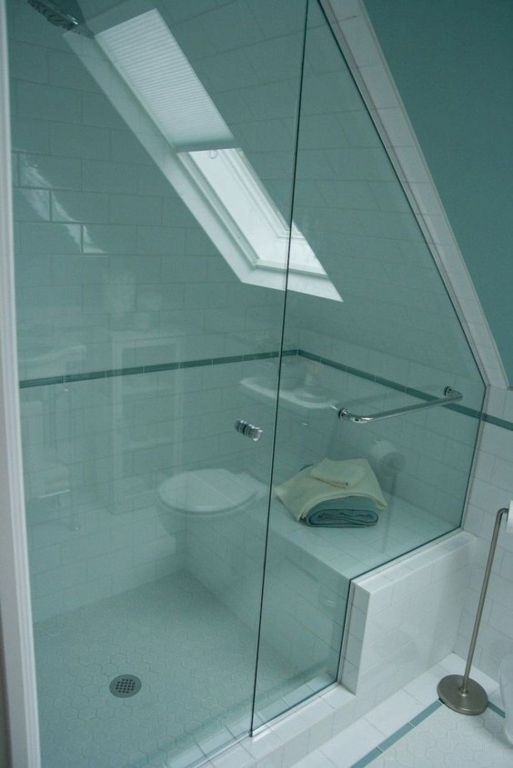 Modern Attic Bathroom Design Ideas 49