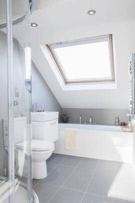 Modern Attic Bathroom Design Ideas 51
