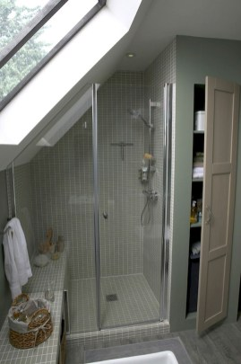 Modern Attic Bathroom Design Ideas 52