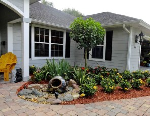 Brilliant Rock Garden Landscaping Ideas For Front Yard 20