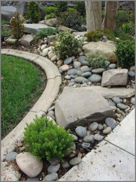 Brilliant Rock Garden Landscaping Ideas For Front Yard 24