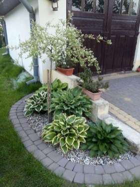 Brilliant Rock Garden Landscaping Ideas For Front Yard 26