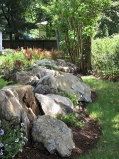 Brilliant Rock Garden Landscaping Ideas For Front Yard 48