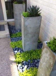 Fantastic Front Yard Rock Garden Ideas 45