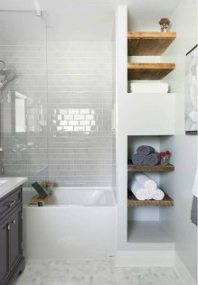 Gorgeous Small Bathroom Remodel Ideas On A Budget 10