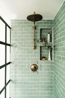 Gorgeous Small Bathroom Remodel Ideas On A Budget 31
