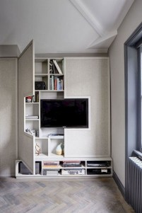 Minimalist Bedroom Decorating Ideas For Small Spaces 21
