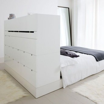 Minimalist Bedroom Decorating Ideas For Small Spaces 25