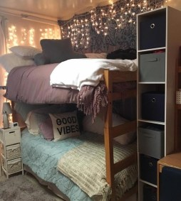 Inexpensive Bedroom Organization Ideas On A Budget 05