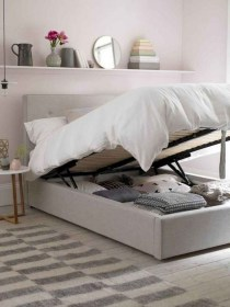 Inexpensive Bedroom Organization Ideas On A Budget 07
