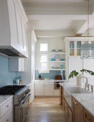 Atttractive Coastal Kitchen Design Ideas That Always Look Great 22