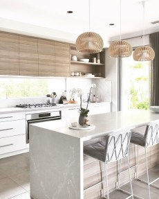Atttractive Coastal Kitchen Design Ideas That Always Look Great 29