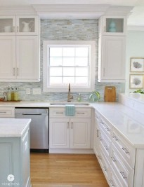 Atttractive Coastal Kitchen Design Ideas That Always Look Great 37