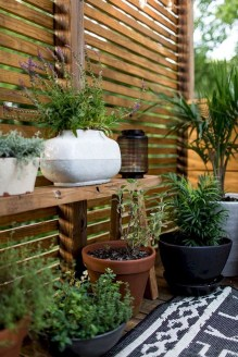 Charming Privacy Fence Ideas For Gardens 04