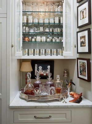 Elegant Mini Bar Design Ideas That You Can Try On Home 18
