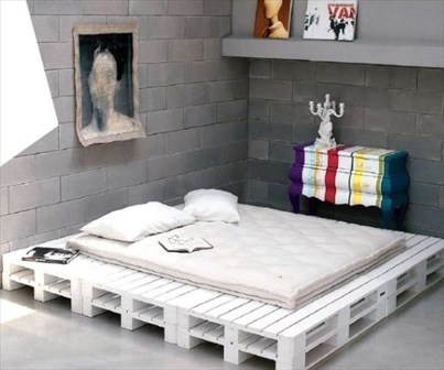 Fancy Diy Ideas To Make Bed Place From Pallet Project 17