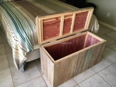 Fancy Diy Ideas To Make Bed Place From Pallet Project 22