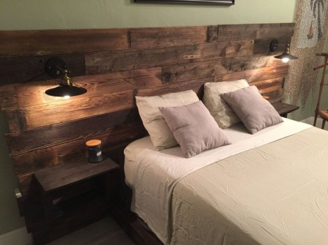 Fancy Diy Ideas To Make Bed Place From Pallet Project 24
