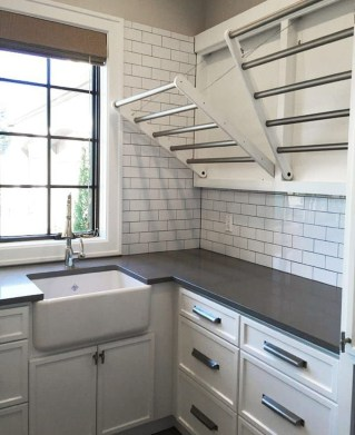 Fascinating Small Laundry Room Design Ideas 51