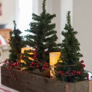 Hottest Christmas Table Decorating Ideas For You 39