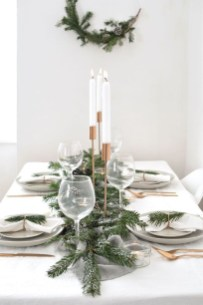 Hottest Christmas Table Decorating Ideas For You 40