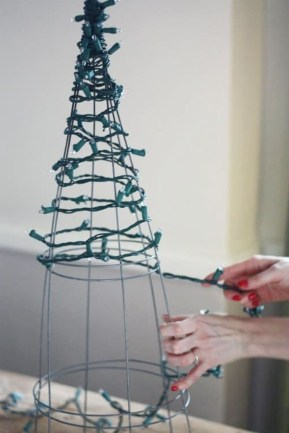 Latest Diy Christmas Lights Decorating Ideas 19