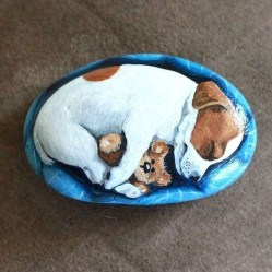 Magnificient Diy Painted Rocks Ideas With Animals Dogs For Summer 12
