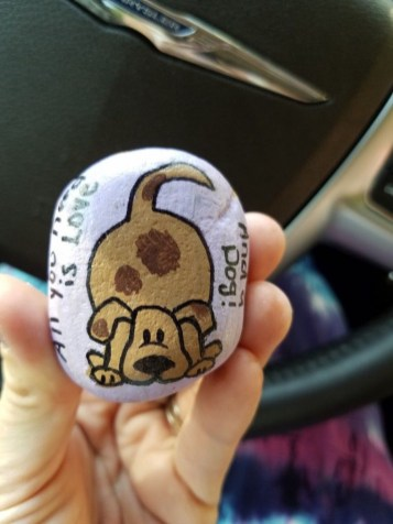 Magnificient Diy Painted Rocks Ideas With Animals Dogs For Summer 47