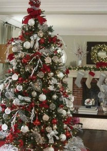 Newest Christmas Decorating Ideas That Will Spark Your Creativity 11