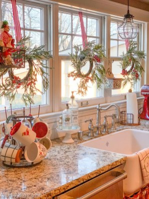 Newest Christmas Decorating Ideas That Will Spark Your Creativity 19