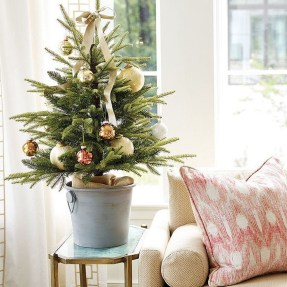 Newest Christmas Decorating Ideas That Will Spark Your Creativity 39