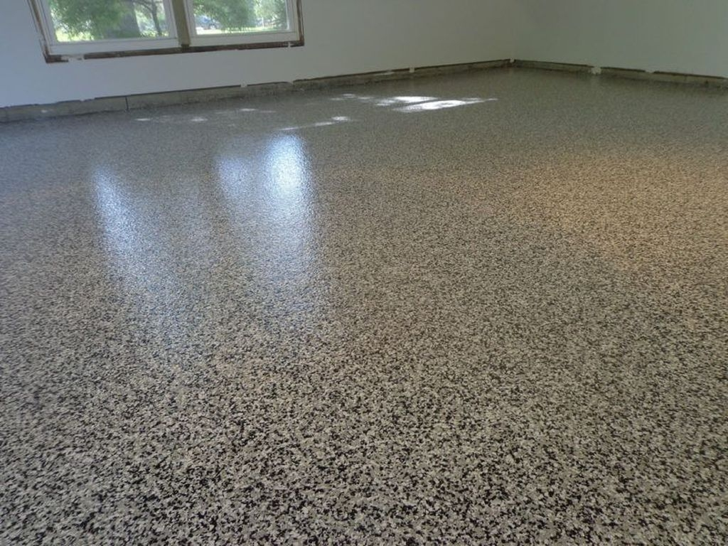 Pretty Garage Floor Design Ideas That You Can Try In Your Home 15