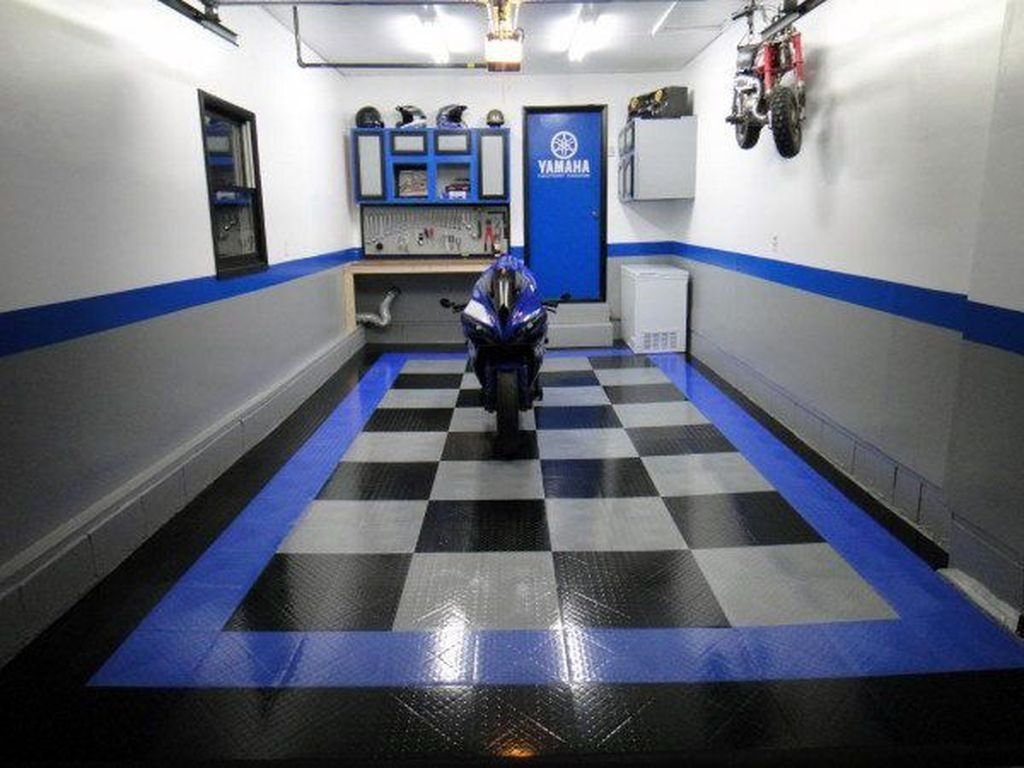 Pretty Garage Floor Design Ideas That You Can Try In Your Home 35