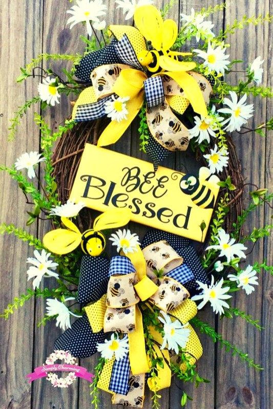 Pretty Summer Wreath Decor Ideas For Front Door 50