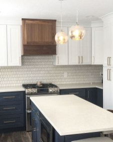Unique Painted Kitchen Cabinets Design Ideas With Two Tone 08