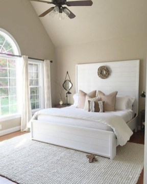 Classy Farmhouse Bedroom Ideas To Try Right Now 49