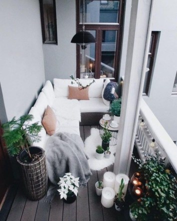 Cool Apartment Balcony Design Ideas For Small Space 32