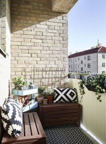 Cool Apartment Balcony Design Ideas For Small Space 44