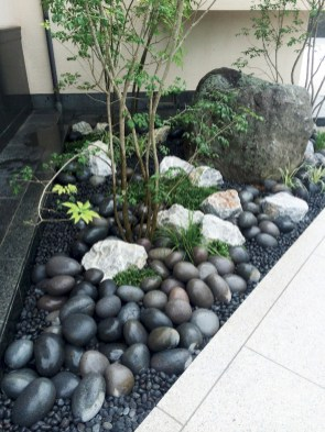 Cozy Rock Garden Landscaping Ideas For Make Your Yard Beautiful 08