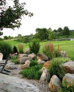 Cozy Rock Garden Landscaping Ideas For Make Your Yard Beautiful 09