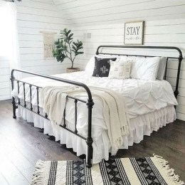 Enchanting Farmhouse Bedroom Ideas For Your House Design 03