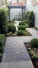 Impressive Small Front Yard Landscaping Ideas To Try 39