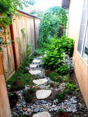 Impressive Small Front Yard Landscaping Ideas To Try 48