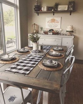 Relaxing Farmhouse Dining Room Design Ideas To Try 33