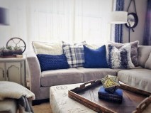 Superb Warm Family Room Design Ideas For This Winter 39
