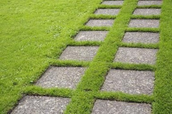 Unordinary Diy Pavement Molds Ideas For Garden Pathway To Try 07