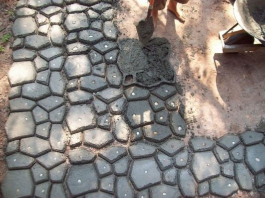 Unordinary Diy Pavement Molds Ideas For Garden Pathway To Try 42