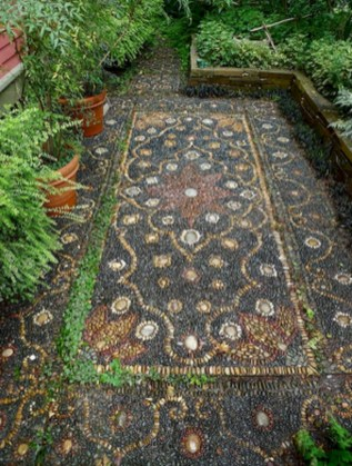 Amazing Diy Mosaic Decorations Ideas To Inspire Your Own Garden 26