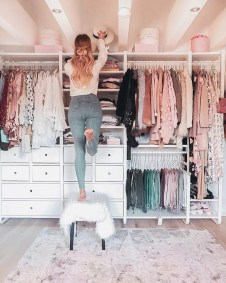 Attractive Dressing Room Design Ideas For Inspiration 26